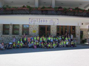 Prvošolci na športnem dnevu na Polževem