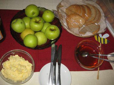 Tradicionalni slovenski zajtrk v Žalni