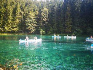 9.c in 9.d Ob čudovitem smaragdnem jezeru