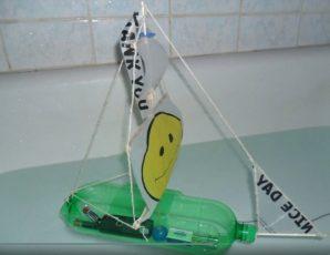 Sedmošolci ustvarjali izdelke iz odpadne embalaže